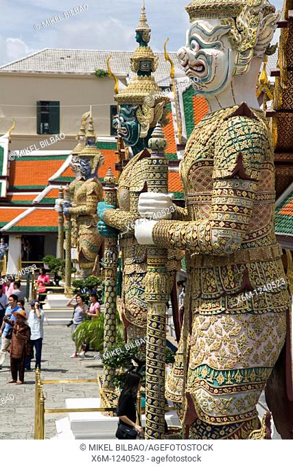 guardian statue  Wat Phra Kaew, or Temple of the Emerald Buddha  Gran Palace  Bangkok, Thailand