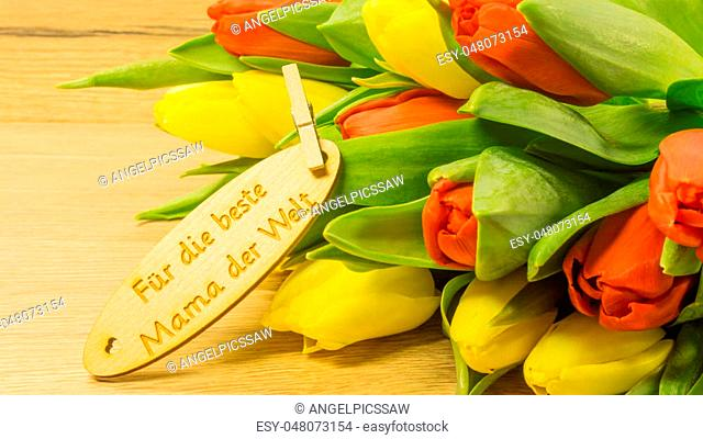 Bouquet with text in German - For the best mother in the world