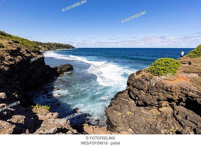 Mauritius, South Coast, Gris Gris, tourist on cliff of Roche Qui Pleure