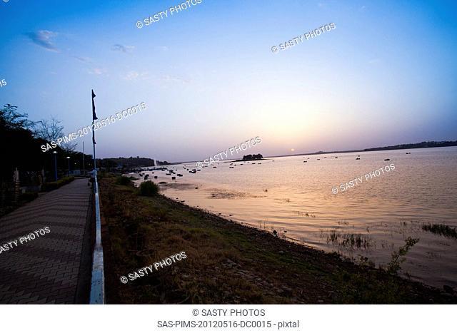 Promenade along the lake at sunset, Bhojtal, Bhopal, Madhya Pradesh, India