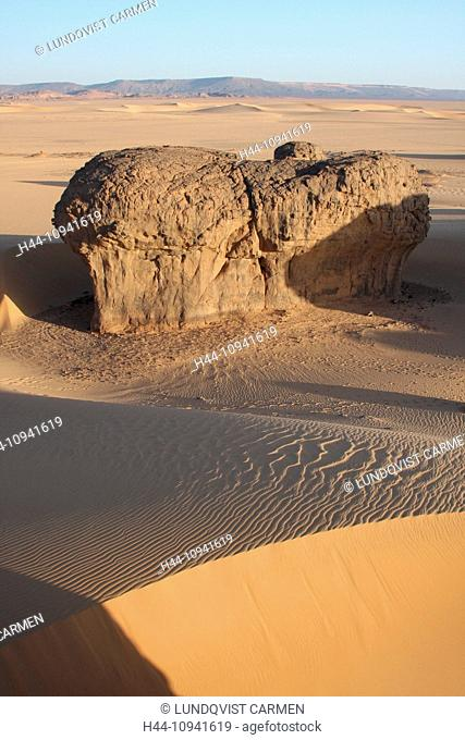 Algeria, Africa, north Africa, desert, sand desert, Sahara, Tamanrasset, Hoggar, Ahaggar, rock, rock formation, Tassili du Hoggar, evening, evening light