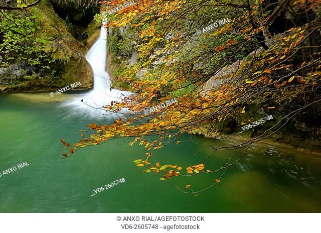 Spain. Navarre (Nafarroa). Natural Park of Urbasa and Andia. Urbasa. Source of the River Urederra