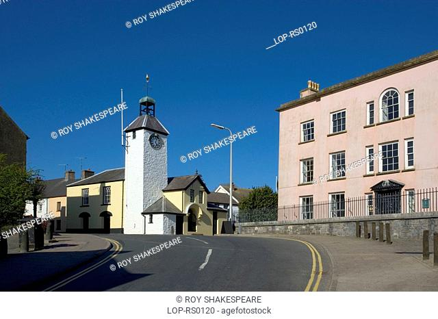 Wales, Carmarthenshire, Laugharne, A white clock tower in Laugharne. Laugharne was home to Wales' most famous poet and writer Dylan Thomas and both Thomas and...