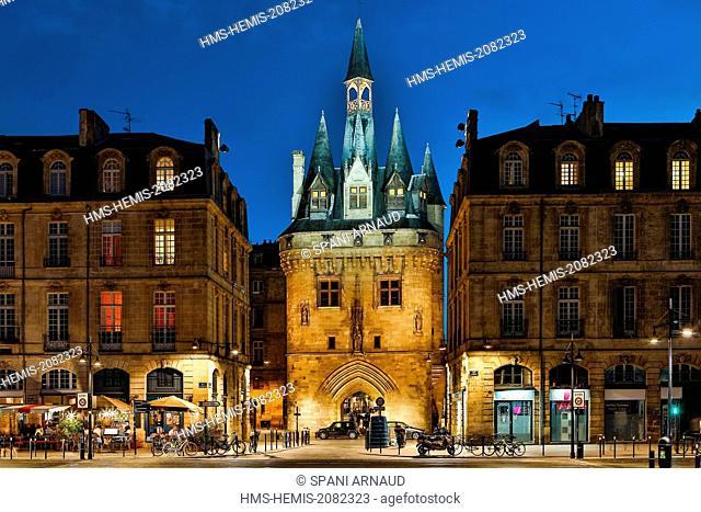 France, Gironde, Bordeaux, area listed as World Heritage by UNESCO, la Douane gate, Cailhau gate, La Lune harbour, historic site