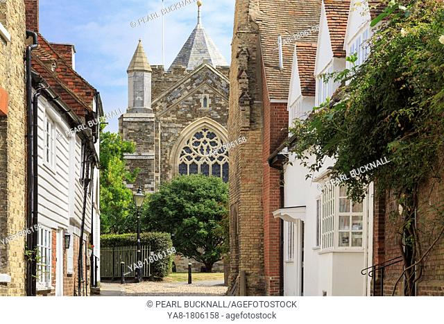 West Street, Rye, East Sussex, England, UK, Britain, Europe  View to St Mary's parish church in historic town