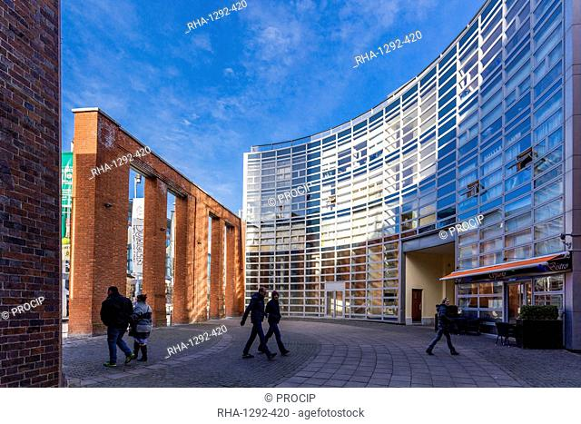 Smithfield Square, Dublin, Republic of Ireland, Europe
