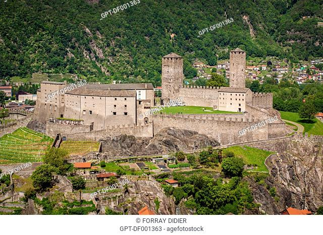 VIEW OF CASTELGRANDE CASTLE, LISTED AS A WORLD HERITAGE SITE BY UNESCO, BELLINZONA, CANTON OF TICINO, SWITZERLAND