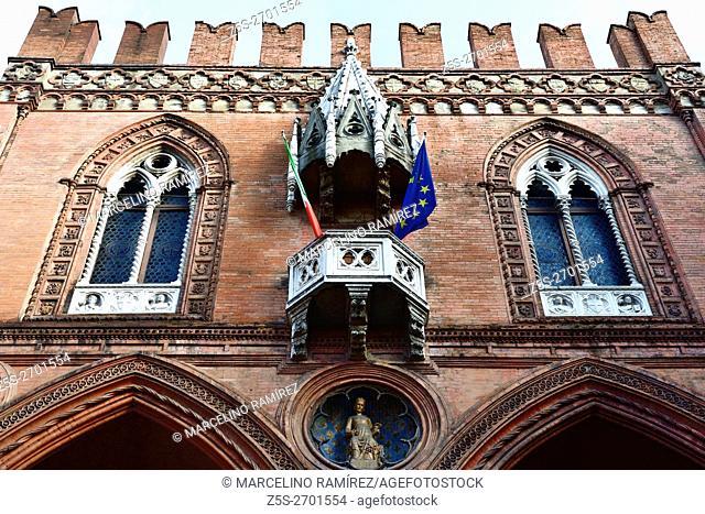 Palazzo della Mercanzia, Palace of the Merchandise, of Bologna, also called Loggia dei Mercanti and Palazzo del Carrobbio
