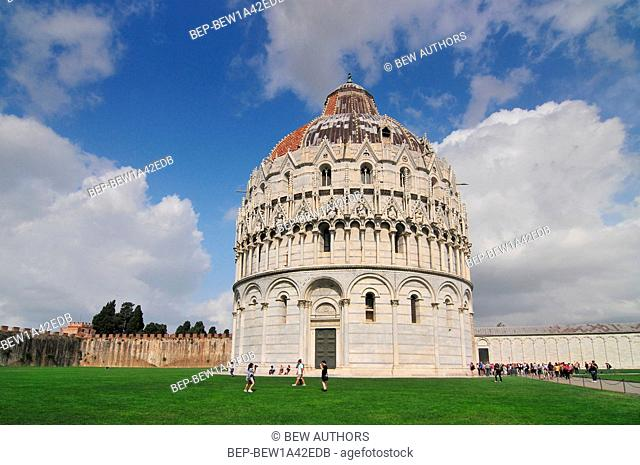 The Baptistry of the Cathedral of Pisa. Piazza dei miracoli, Pisa, Italy