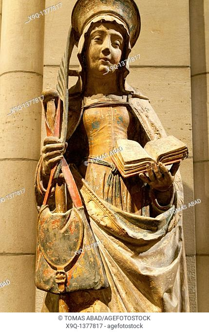 Detail: Saint Savina of Troyes or Saint Syra, 1510-20, Made in Champagne, France, Limestone with paint Overall, without pedestal: 48 in  121 9 cm