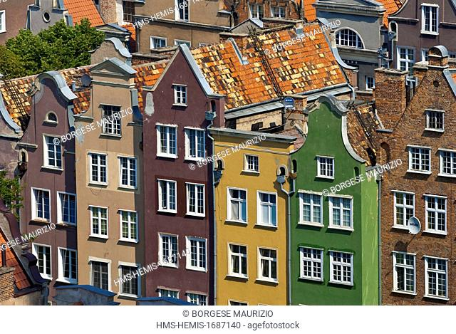Poland, Eastern Pomerania, Gdansk, old buildings of historic centre seen from the tower of town hall (Ratusz Glównego Miasta)