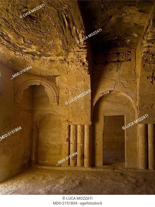 Castle of al-Kharana (Qasr al-Kharana), 705-710, 8th Century A.D., stone building. Jordan, Amman. Detail. Al-Kharana cerimonial western hall of the 1st floor in...