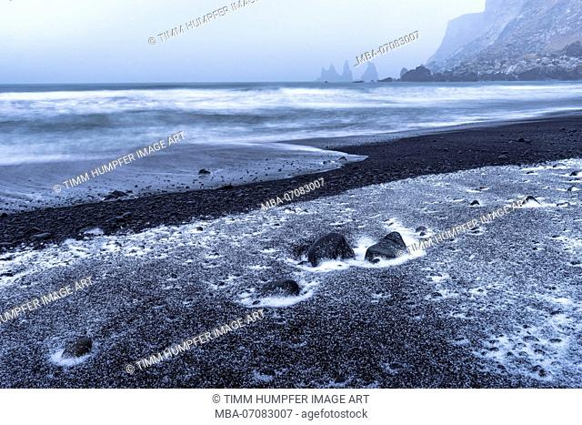 Europe, Northern Europe, Iceland, South Iceland, Vík, Dramatic mood on Black Sand Beach in Vík