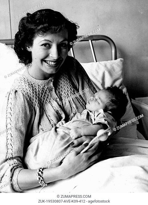 Aug 07, 1953 - London, England, UK - (File Photo) British tennis player LINDA CORNELL, wife of Australian player Peter Cawthorn