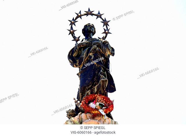 Sizilien, Palermo, 243.04.2018 San Domenico ist eine Kirche der Dominikaner und liegt an der Via Roma und der Piazza San Domenico
