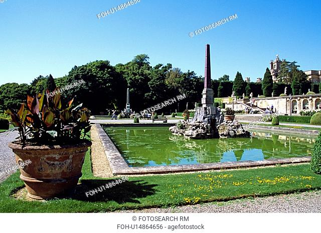 Blenheim Palace, Woodstock, near Oxford, Oxfordshire, England. View of lower water terrace