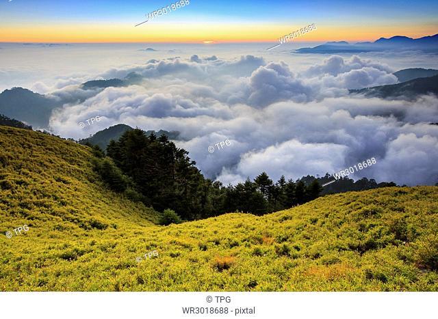 Hehuanshan, main peak, sunset