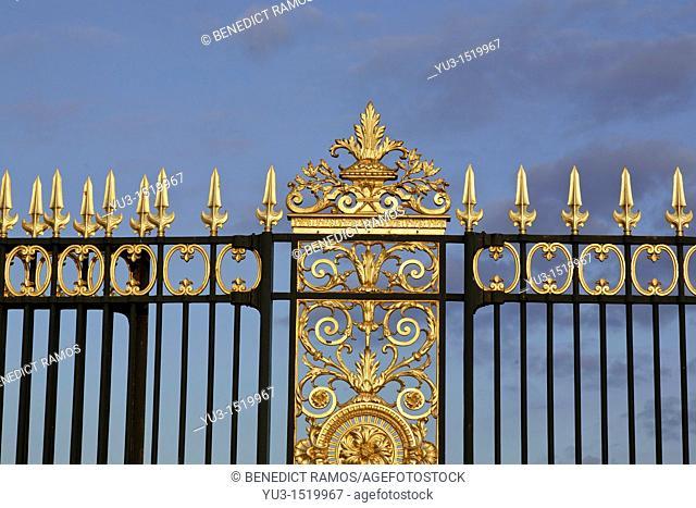 Decorative gates at the Place de la Concorde entrance to the Tuileries, Paris, France
