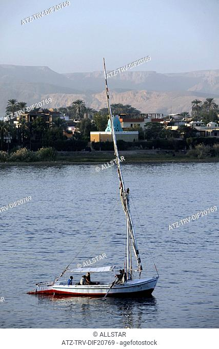 ROWING FELUCCA; RIVER NILE, LUXOR, EGYPT; 14/01/2013