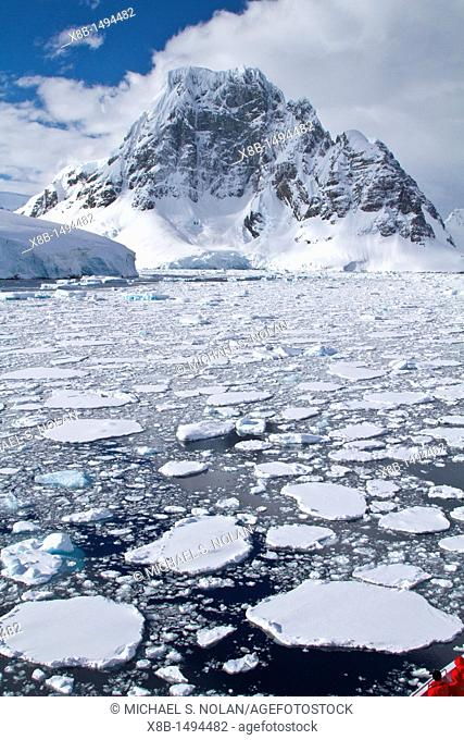 The Lindblad Expedition ship National Geographic Explorer transits Lemaire Channel on the west side of the Antarctic peninsula in Antarctica  MORE INFO Lemaire...