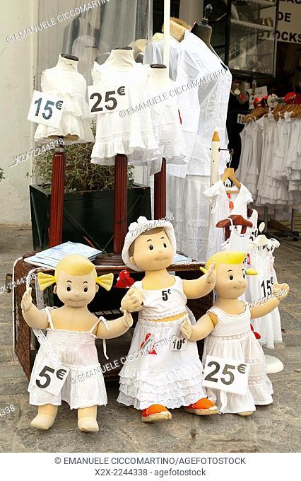 Mannequin dressed with white clothes, Eivissa, Ibiza, Balearic Islands, Spain, Mediterranean, Europe