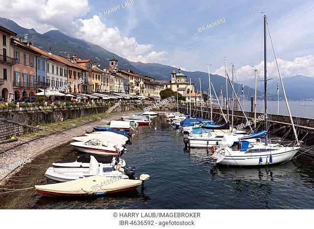 Small marina on the promenade, old town of Cannobio, Lago Maggiore, Verbano-Cusio-Ossola province, Piedmont region, Italy