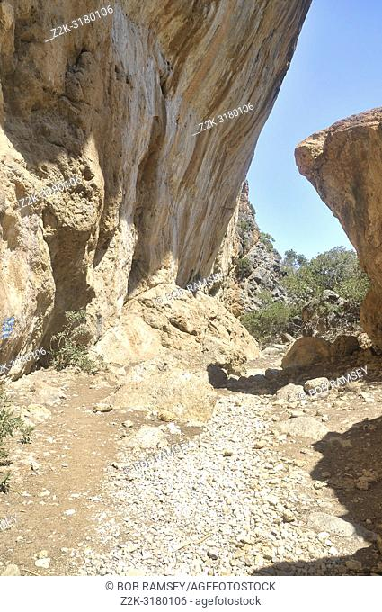 Walking way before Sougia in Crete