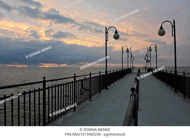 Pier of Miedzyzdroje, West Pomerania, Poland / Seebrücke von Miedzyzdroje, Westpommern, Polen