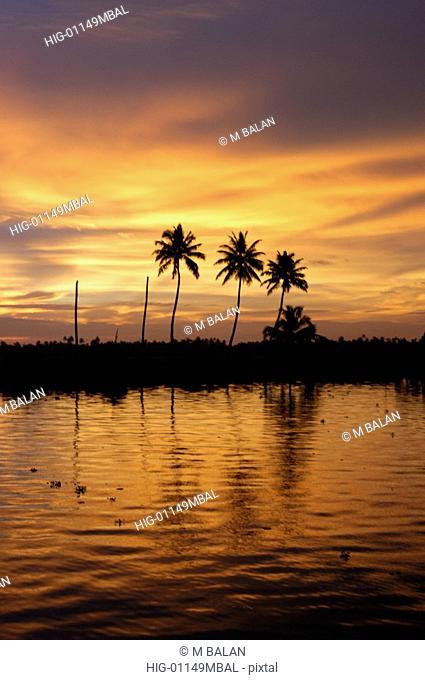 SUNSET OVER KUTTANAD LAKE