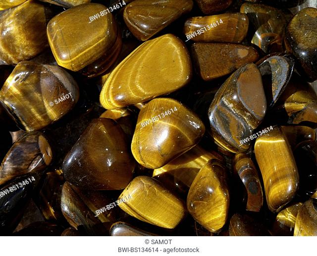 tigers-eye, being effective on blockades, depression, concentration, balance, self-confidence, harmony