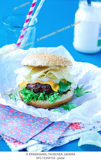 Homemade hamburgers with crisps