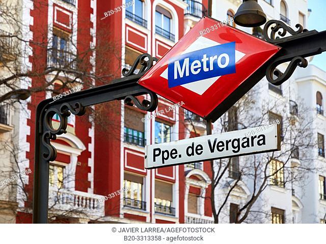 Entrance to the metro, Principe de Vergara Station, Alcalá Street, Madrid, Spain, Europe