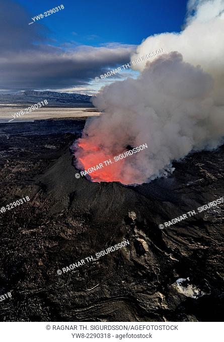 August 29, 2014, a fissure eruption occurred in Holuhraun at the northern end of a magma intrusion which had moved progressively north