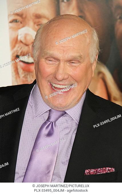 """Terry Bradshaw at the Premiere of Warner Bros' """"""""Father Figures"""""""" held at the TCL Chinese Theater in Hollywood, CA, December 13, 2017"""