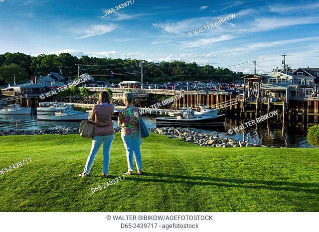 USA, Maine, Ogunquit, Perkins Cove, boat harbor