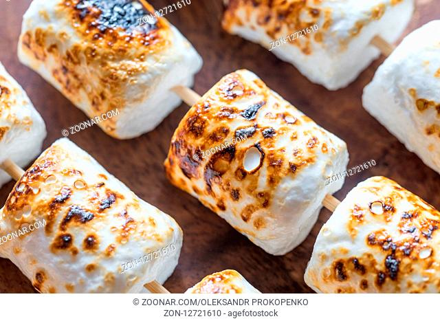 Marshmallow on the wooden background