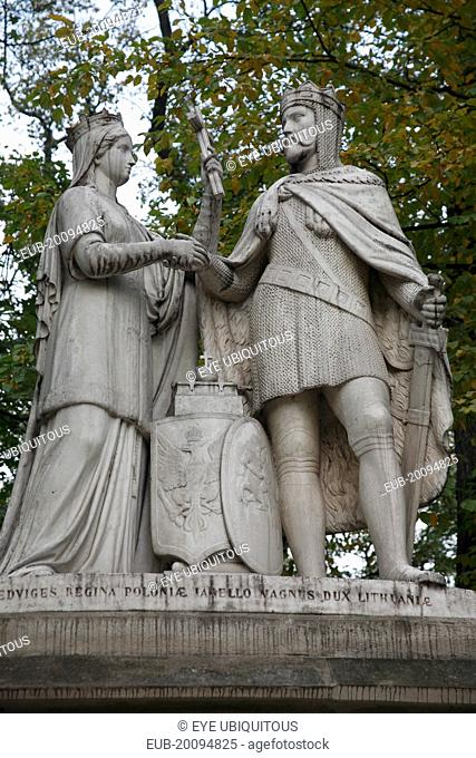 Planty Park. Monument of Jagiello and Jadwiga created by Tomas Oscar Sosnowski in 1886 to honour the Polish king and queen and celebrate the quintencenary of...