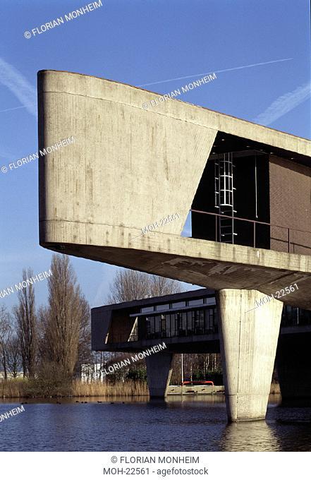 Mijdrecht, Johnson Waxfabriek /Verwaltungsgebäude ''Bumerang''''