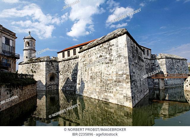 Castillo de la Real Fuerza, Spanish fortress, moat, O'Reilly Street, Villa San Cristobal de La Habana, old town, La Habana, Havana, UNESCO World Heritage Site