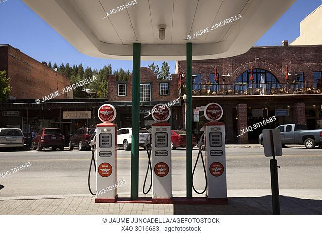 California, USA-June 17, 2017: Old gas station in a western town in California