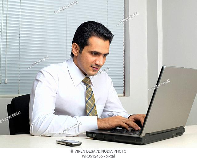 Executive operating laptop MR779K
