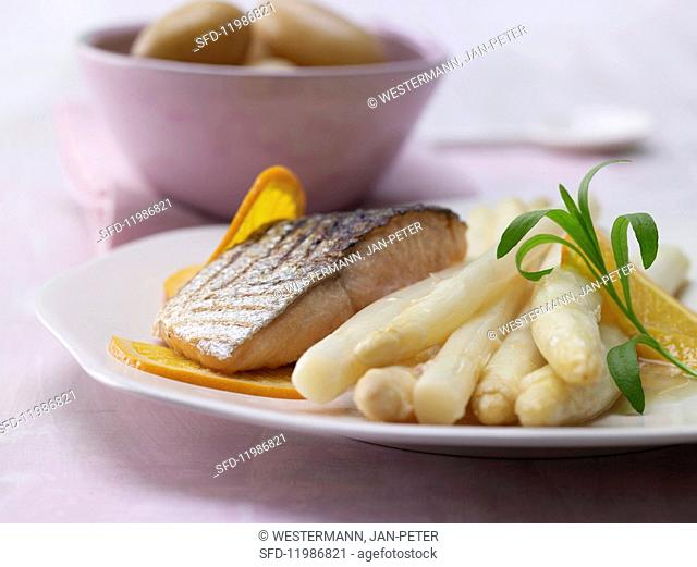 Orange & tarragon asparagus with salmon and baby potatoes