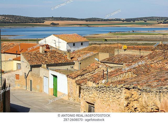Pétrola and lagoon of Pétrola, Albacete province, Castilla-La Mancha, Spain