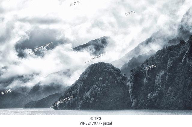 Fiordland National Park;New Zealand