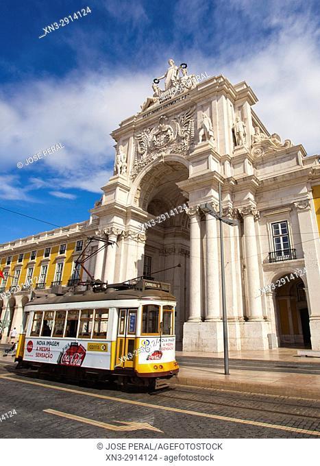 Tram, Rua Augusta Arch, Commerce Square, Commerce Square, Praça do Comércio, Terreiro do Paço, Lisbon, Portugal, Europe