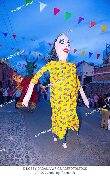 Mojiganga at the festival of Valle del Maiz in San Miguel de Allende ,Mexico. Mojigangas are traditional Mexican giant puppets