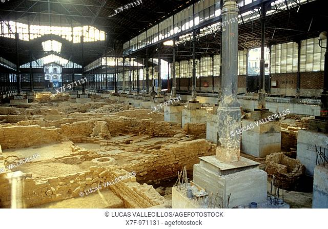 Barcelona:The old market of the Borne  Area archaeological in the interior