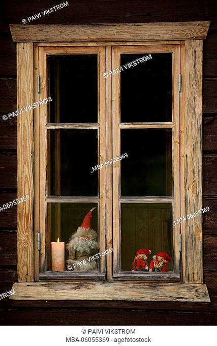 Christmas decorations at the window