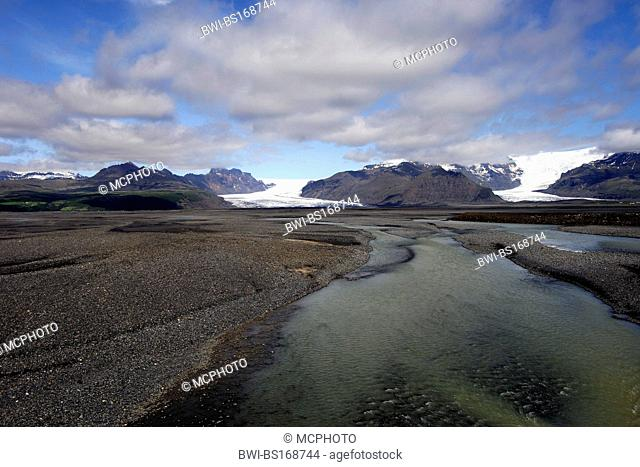 The Skaftafell and Svinafell glaciers descending from the Vatnajokull icecap, south-east Iceland, Iceland, Skaftafell National Park