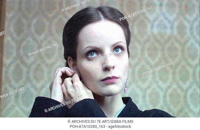 Hoy no se fía, Mañana sí Year : 2008 Spain Director : Francisco Avizanda Carolina Bona. It is forbidden to reproduce the photograph out of context of the...